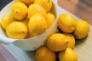 Лечение - диабетици, плодове, полезни